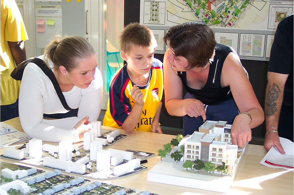 Orchard Village, Rainham, London - Public Engagement
